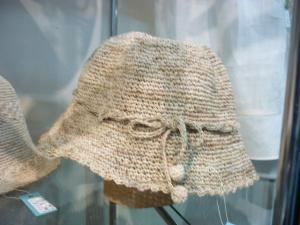 展示の帽子